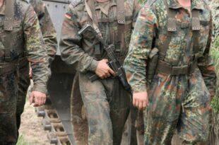 Bundeswehr plant Rekrutierung von EU Bürger als Soldaten 310x205 - Zahl minderjähriger Rekruten in Bundeswehr deutlich gesunken