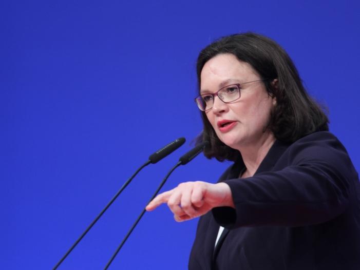 Photo of Nahles weist Vorwürfe an SPD wegen Rosa-Luxemburg-Mords zurück