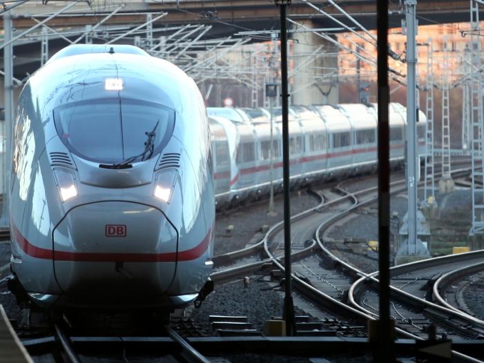 """Photo of Bahn will """"Schritt für Schritt"""" pünktlicher werden"""