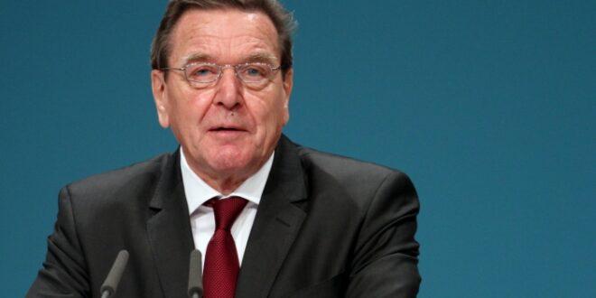Kabinett Schröder plant Revival Treffen 660x330 - Kabinett Schröder plant Revival-Treffen