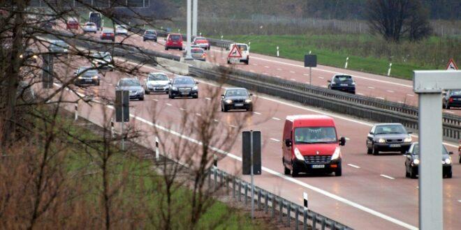 Kontrollsystem für Pkw Maut erst in zwei Jahren fertig 660x330 - Weil: 130 km/h auf Deutschlands Straßen längst Realität