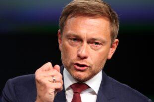 Lindner hält Jamaika Koalition wieder für möglich 310x205 - Lindner wirft Kramp-Karrenbauer Taktieren bei Grundrente vor
