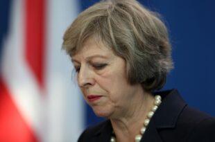 May verschiebt Brexit Abstimmung 310x205 - Misstrauensvotum gegen britische Premierministerin