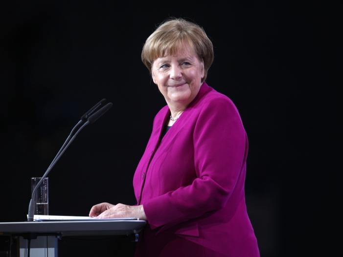 Photo of Merkel erhält Fulbright-Preis für internationale Verständigung