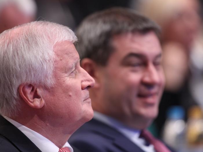 Photo of Seehofer hält Söder für richtigen Nachfolger als CSU-Chef