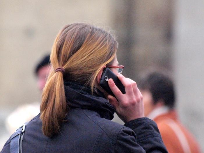 Umfrage Mehrheit bevorzugt telefonische Neujahrsgrüße - Umfrage: Mehrheit bevorzugt telefonische Neujahrsgrüße