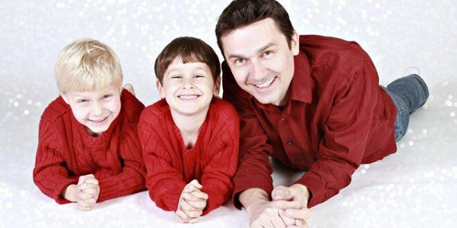 Vater Sohn 660x330 - Studie: Extrem lange Arbeitszeiten der Väter schaden vor allem den Söhnen