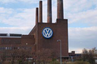 Volkswagen hebt Renditeziel 310x205 - Verbraucherschützer-Chef wirft VW-Spitze Versagen vor