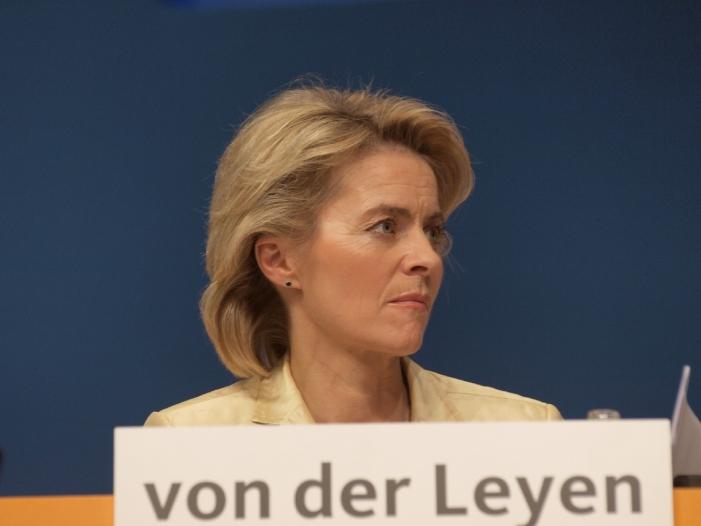 """Von der Leyen fordert schnell Klarheit über US Kurs - Von der Leyen fordert """"schnell Klarheit"""" über US-Kurs"""