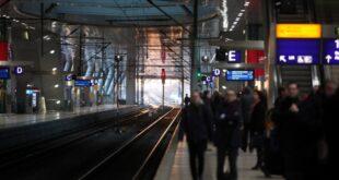 Zugverkehr läuft nach Streikende wieder an 310x165 - Zugverkehr läuft nach Streikende wieder an