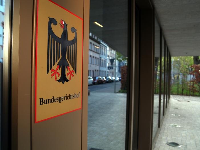 Bild von Angriff auf BGH-Außenstelle: Schaden von mindestens 100.000 Euro