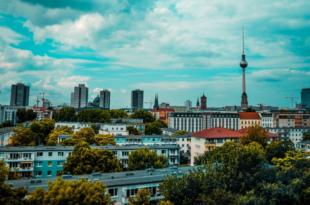 Immobilien Berlin 310x205 - Hohe Immobilienpreise – ist der Boom in Berlin vorbei?