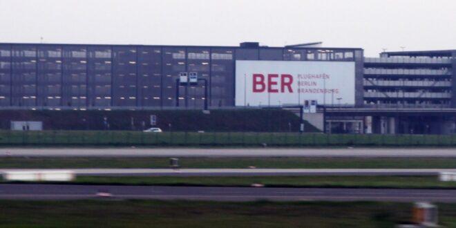 Regierungsbau koennte erste Flugplaene am BER einschraenken 660x330 - Regierungsbau könnte erste Flugpläne am BER einschränken