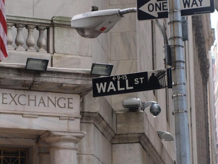 Bild von US-Börsen brechen erneut ein – Apple verliert über 10 Prozent