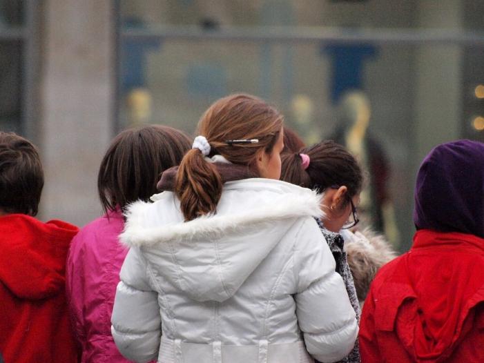 Zahl der Inobhutnahmen von Kindern steigt - Zahl der Inobhutnahmen von Kindern steigt