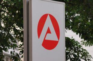 Arbeitsagentur gegen laengeren Bezug von ALG I 310x205 - Arbeitsagentur gegen längeren Bezug von ALG I