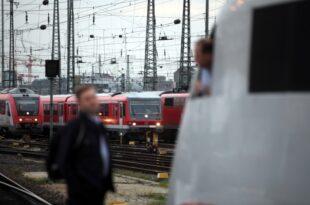 Bahn Konzern fehlen 733 Lokfuehrer 310x205 - Bahn-Konzern fehlen 733 Lokführer