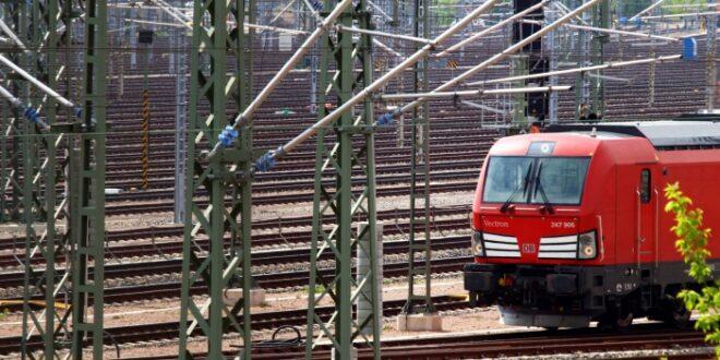 Diesel Zuege Bahnbranche erwartet schaerfere Schadstoff Grenzwerte 660x330 - Diesel-Züge: Bahnbranche erwartet schärfere Schadstoff-Grenzwerte