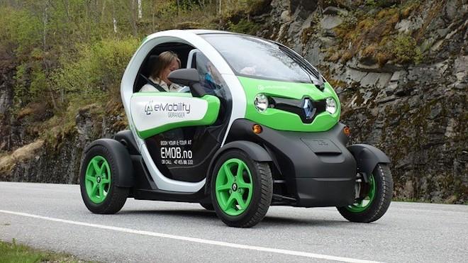 Elektromobil - Automobilwirtschaft - wie soll das Auto in naher Zukunft aussehen?