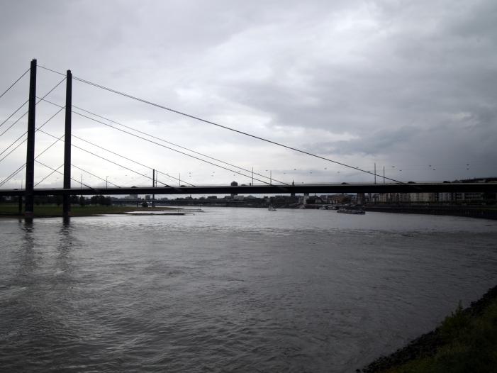Photo of Erste deutsche Batteriezellenfabrik könnte nach NRW kommen