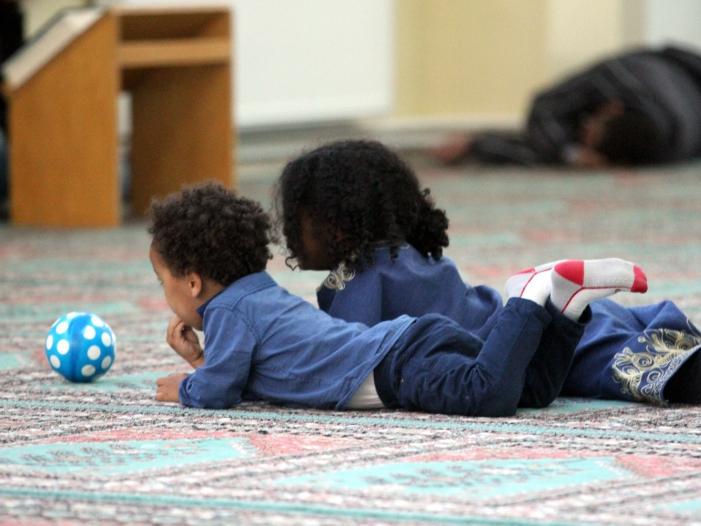 Photo of Innenstaatssekretär warnt vor Gefahr durch Kinder von Dschihadisten