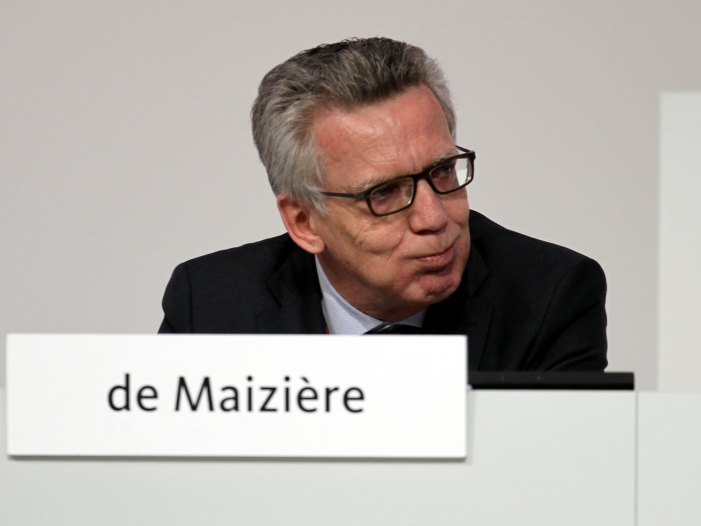 Photo of Maizière: Rechtslage im Flüchtlingsherbst 2015 war unklar