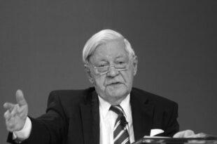 """Schmidt Tochter Meine Eltern wurden ueberhoeht 310x205 - Schmidt-Tochter: """"Meine Eltern wurden überhöht"""""""