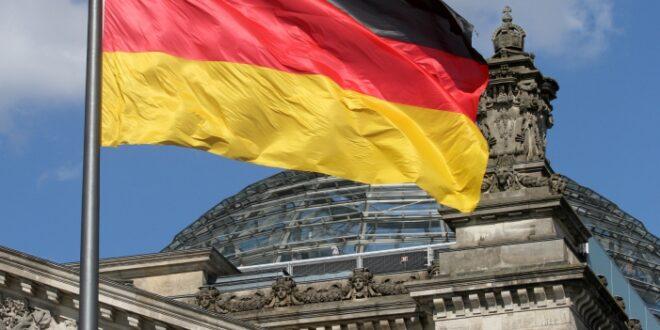 Bundestag schafft neue Regeln fuer Ex Praesidenten und Altkanzler 660x330 - Bundestag schafft neue Regeln für Ex-Präsidenten und Altkanzler