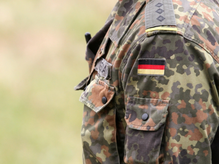 Entruestung ueber Berliner SPD Beschluss zur Bundeswehr - Entrüstung über Berliner SPD-Beschluss zur Bundeswehr