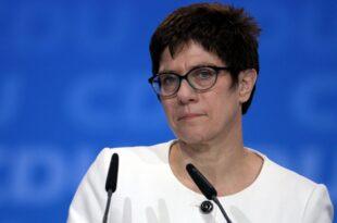 Union unterstuetzt Kramp Karrenbauers europapolitische Leitlinien 310x205 - Union unterstützt Kramp-Karrenbauers europapolitische Leitlinien