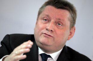 Ex Gesundheitsminister Groehe verteidigt Sterbehilfe Gesetz 310x205 - Ex-Gesundheitsminister Gröhe verteidigt Sterbehilfe-Gesetz