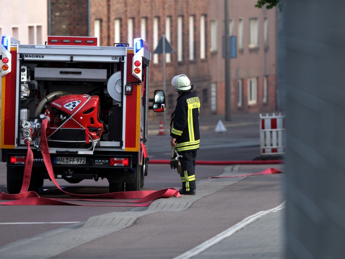 Photo of Feuerwehr-Gewerkschaft schlägt wegen Personalengpässen Alarm