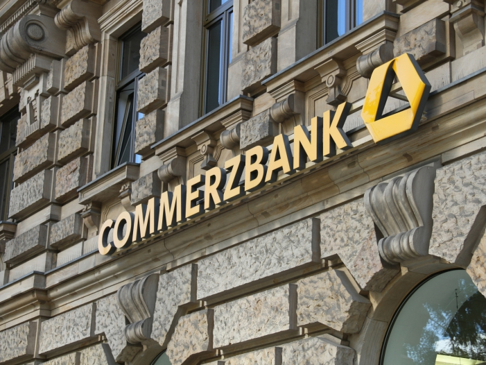 Photo of Kanzleramt in Kontakt mit Deutscher Bank und Commerzbank