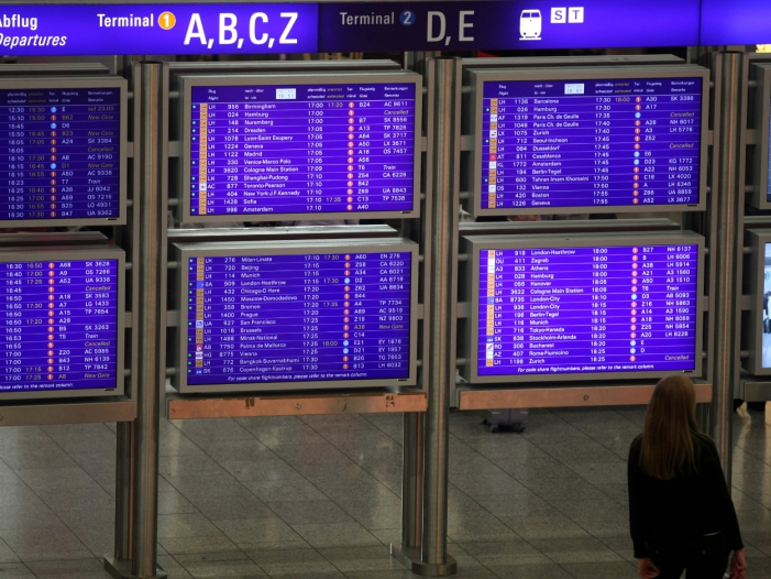Luftverkehrswirtschaft warnt vor Engpässen an Flughäfen zu Ostern