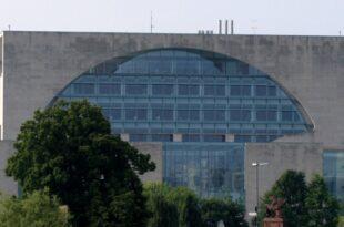 Merkel verzichtet auf neue Gemaelde im Kanzleramt 310x205 - Merkel verzichtet auf neue Gemälde im Kanzleramt