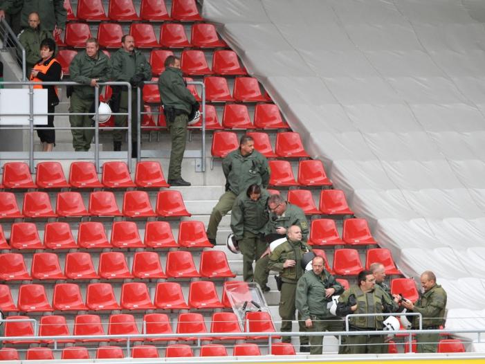 Polizeikosten Lischka fuer bundesweite Regelung bei DFL Beteiligung - Polizeikosten: Lischka für bundesweite Regelung bei DFL-Beteiligung