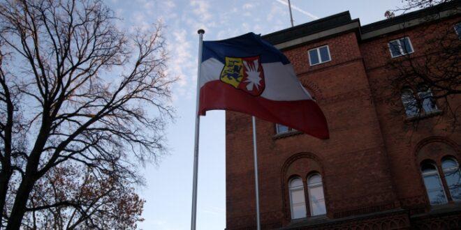 SSW Chef im Kieler Landtag Gemeinderaete sollen tagsueber tagen 660x330 - SSW-Chef im Kieler Landtag: Gemeinderäte sollen tagsüber tagen