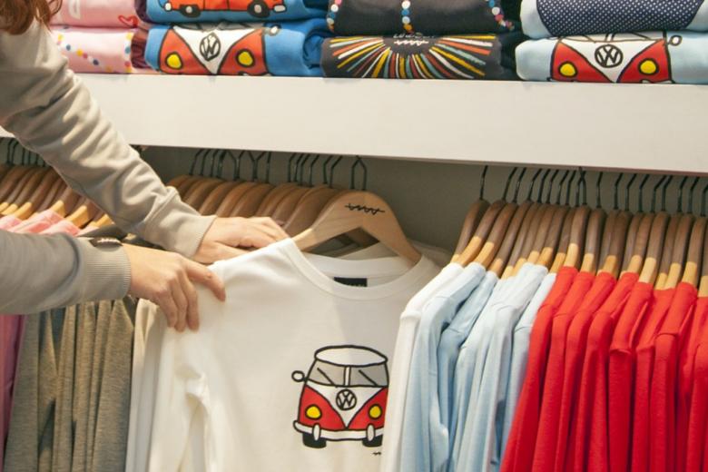 Selbst starke Marken verzichten nicht auf bedruckte T-Shirts
