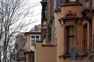Umfrage Fast jeder Zweite fuer Enteignungen im Immobiliensektor 310x205 - Umfrage: Fast jeder Zweite für Enteignungen im Immobiliensektor