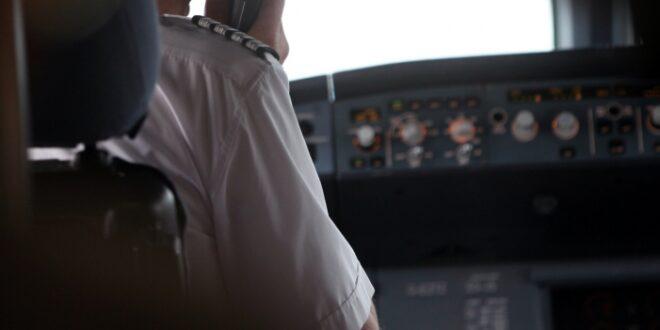 Abschiebungen Bundespolizei stellt Bordgewalt von Piloten infrage 660x330 - Abschiebungen: Bundespolizei stellt Bordgewalt von Piloten infrage