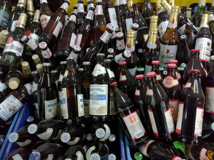 Bild von Brauerei-Chef rechnet mit weiterem Rückgang beim Bierkonsum