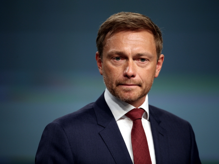 Photo of Ex-Innenminister Baum will Kurskorrektur von Lindner