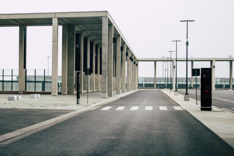 Flughafen BER - BER weiterhin mit schweren Baumängeln
