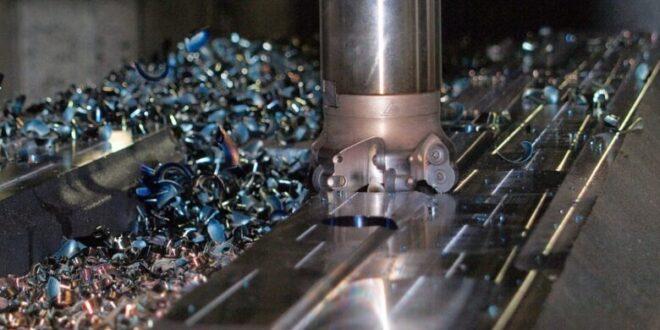 Fraesmaschine 660x330 - CNC Fräsen – unerlässlich in der Industrie