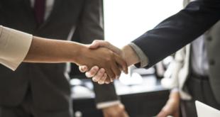 Handschlag 310x165 - DIHK: Unternehmen finden keine Nachfolger