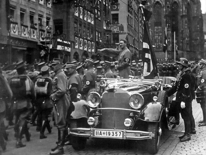 Bild von Jeder Sechste fühlt sich bei Nationalhymne an Nazis erinnert