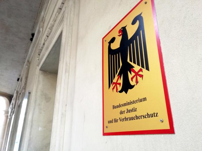 Photo of Justizministerium will gegen unfaire Inkassokosten vorgehen