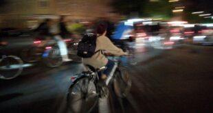 Mehr Sicherheit fuer Radfahrer Druck auf Verkehrsminister waechst 310x165 - Mehr Sicherheit für Radfahrer: Druck auf Verkehrsminister wächst