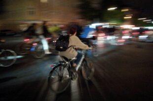 Mehr Sicherheit fuer Radfahrer Druck auf Verkehrsminister waechst 310x205 - Mehr Sicherheit für Radfahrer: Druck auf Verkehrsminister wächst