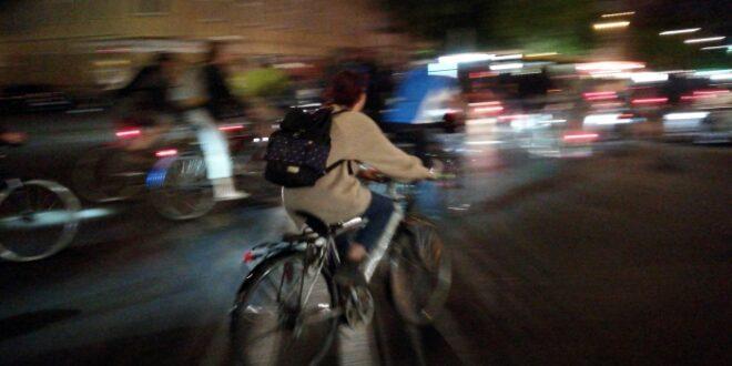 Mehr Sicherheit fuer Radfahrer Druck auf Verkehrsminister waechst 660x330 - Mehr Sicherheit für Radfahrer: Druck auf Verkehrsminister wächst
